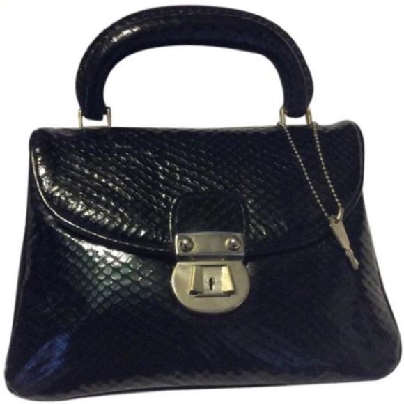 Park Lane Handbags - Park Lane Vintage Lock & Key Satchel